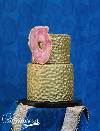 Wedding_Cake_GoldenPromise