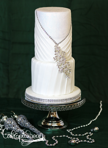 Wedding_Cake_WhiteQueen1