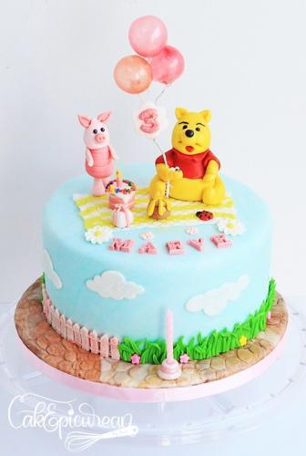 Winnie Pic Nic Cake